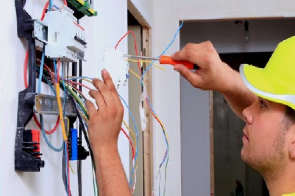 elektrik-tesisat-hizmetleri-1